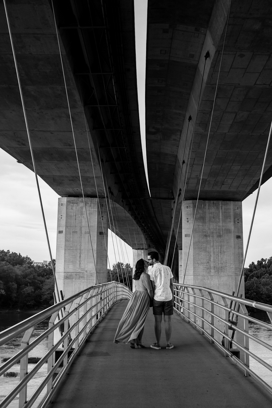 Modern & Romantic Engagement Session at Belle Isle , RVA