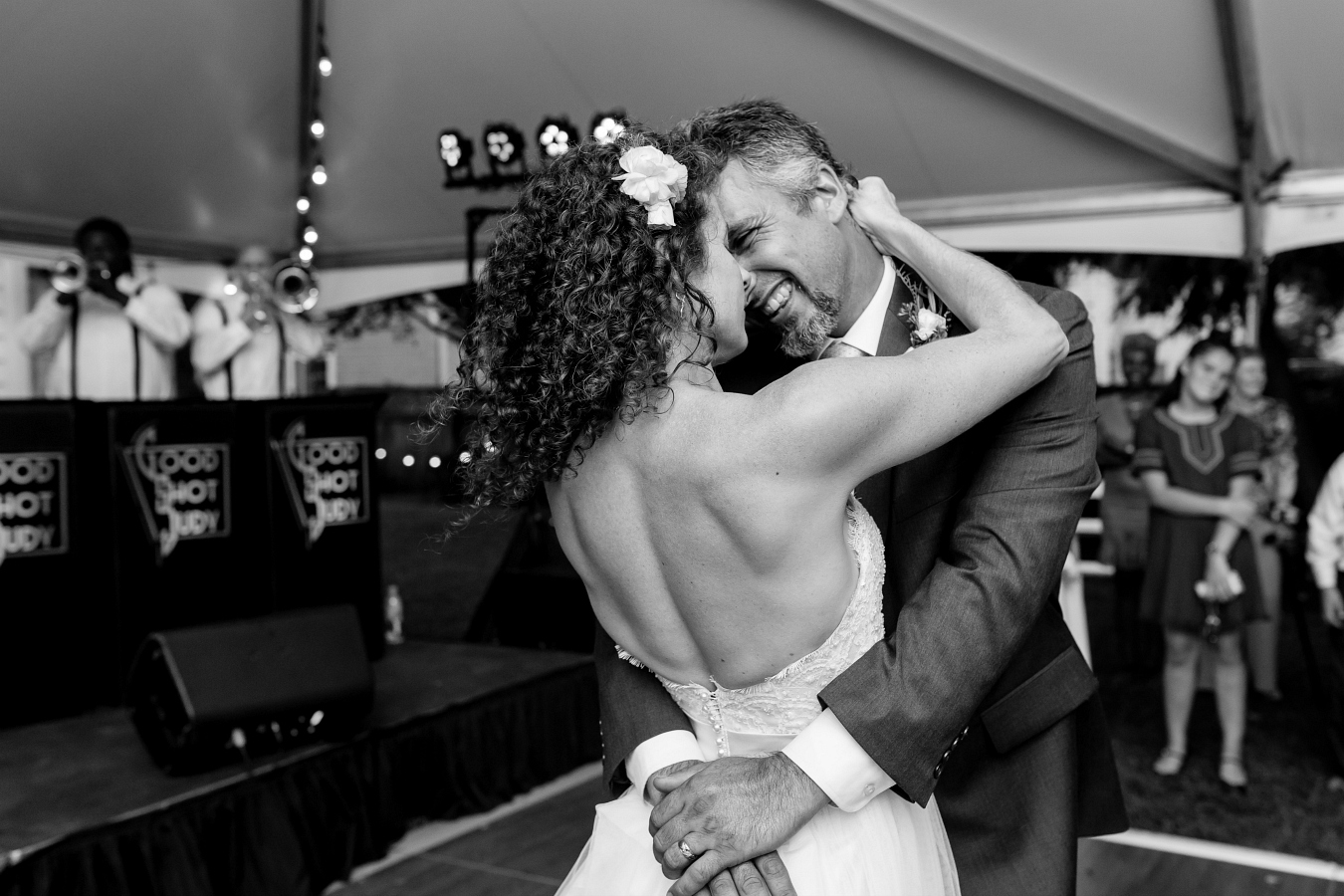 Fun & Modern Wedding Day Photography