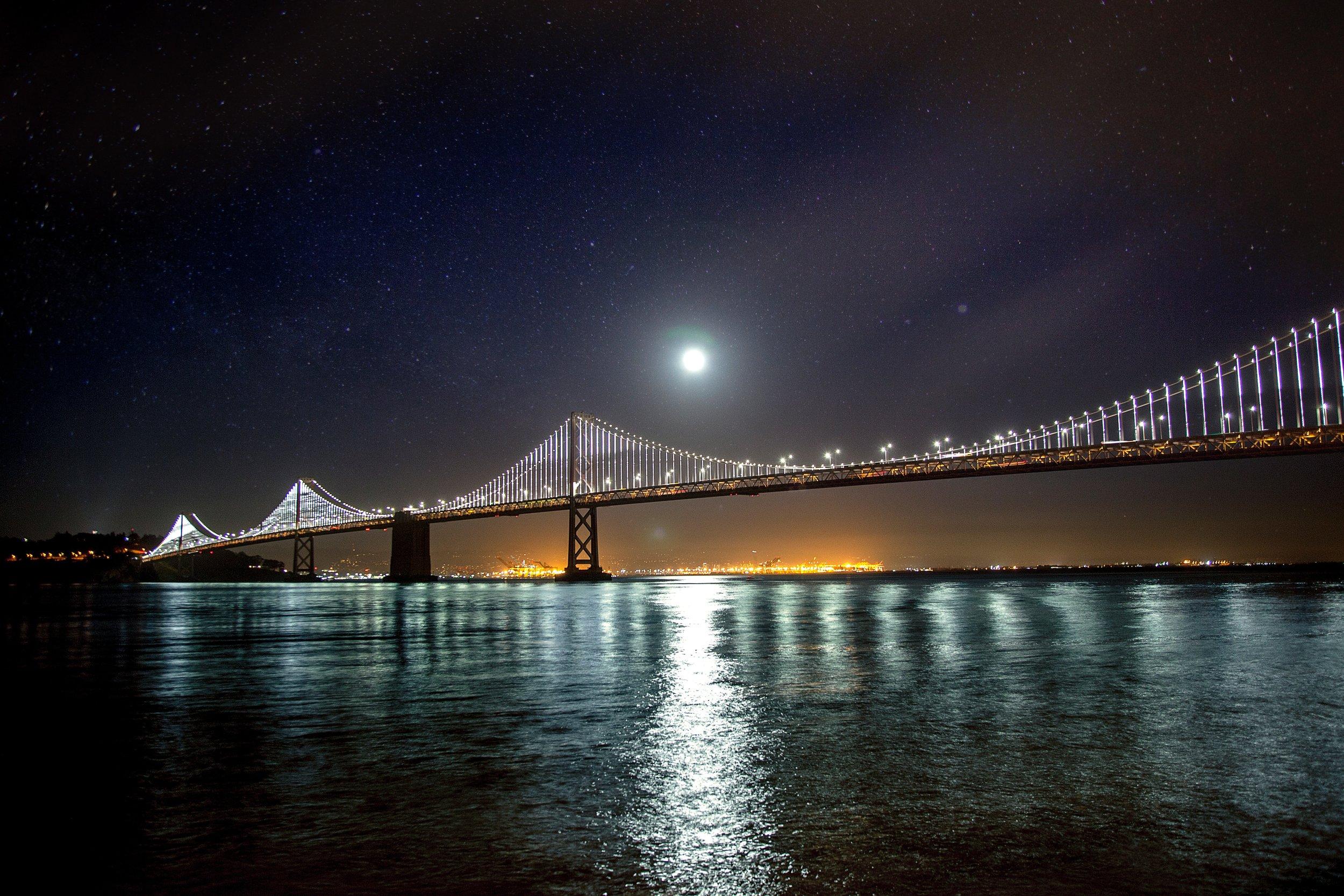 Oakland skyline photo by  Jeff Fan on  Unsplash