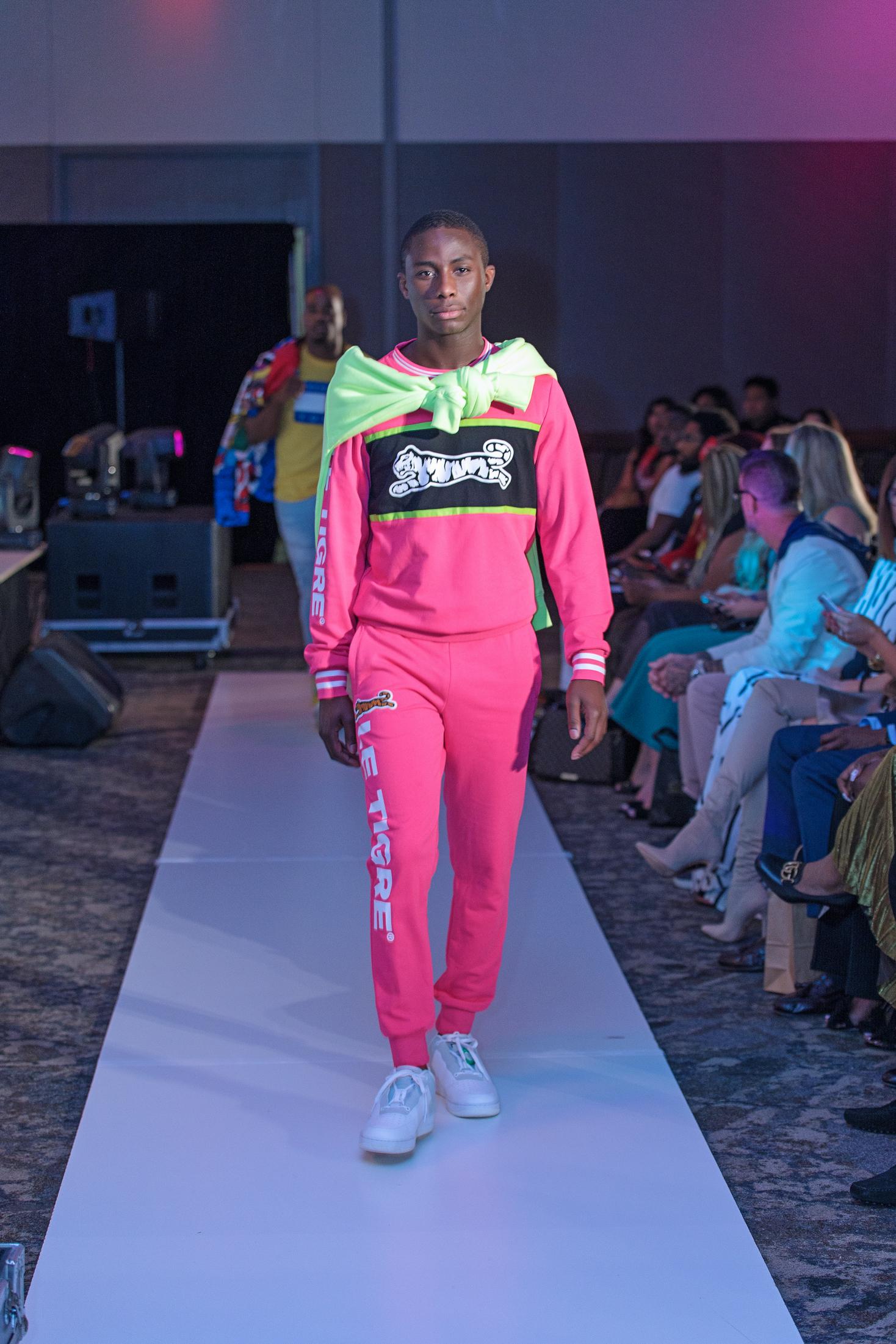 01. Creation of Fashion 06.jpg