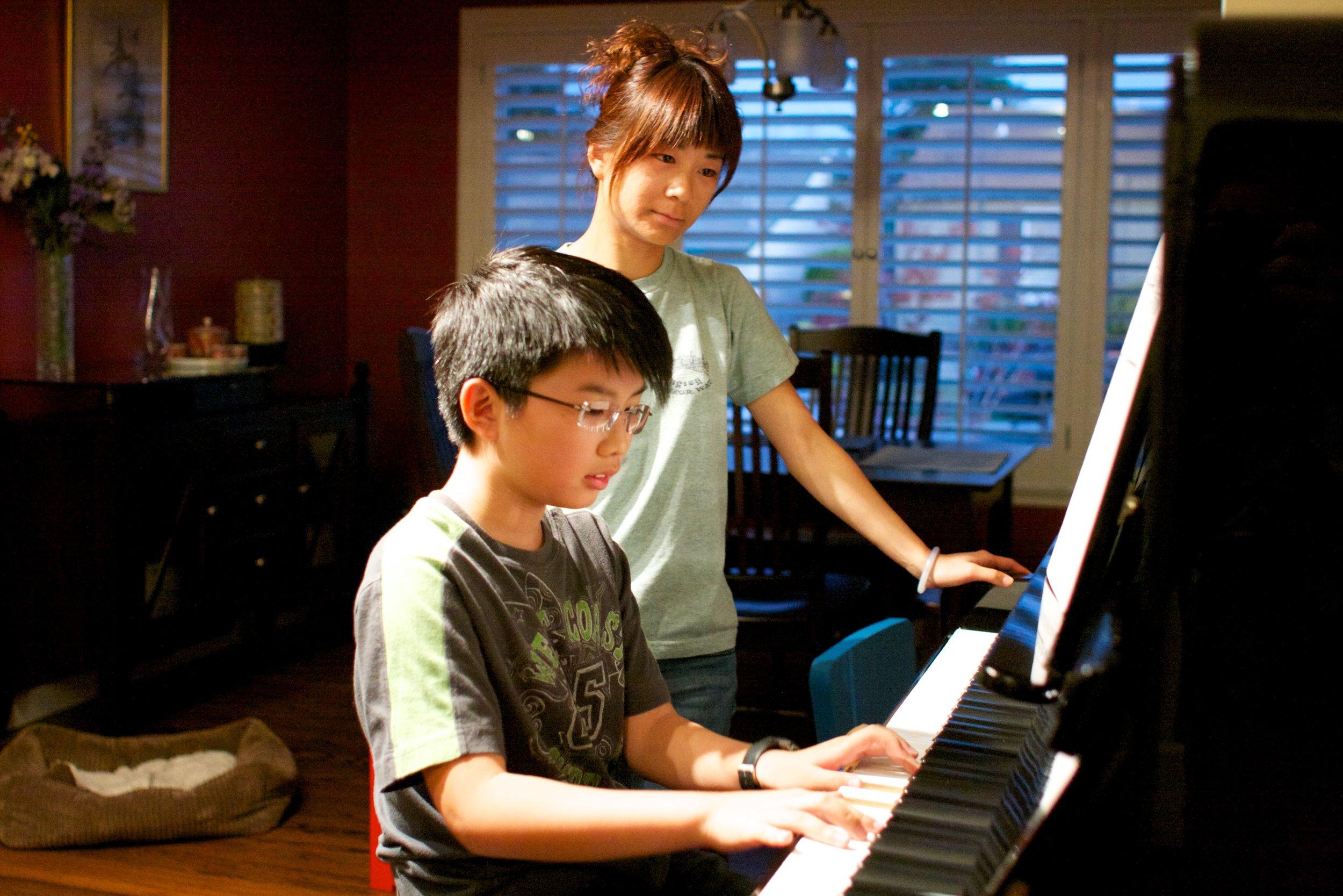 Certificate of Merit    Take lessons to prepare for the Music Teacher's Association Certificate of Merit exam program.