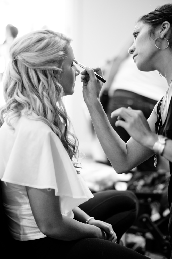 Wedding-Hair-Monotone-Eyeliner