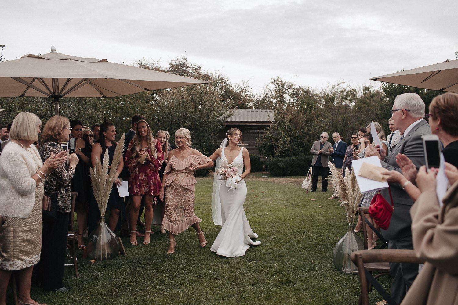 private-property-wedding-relaxed-melbourne-fun-documentary-photography_0074.jpg