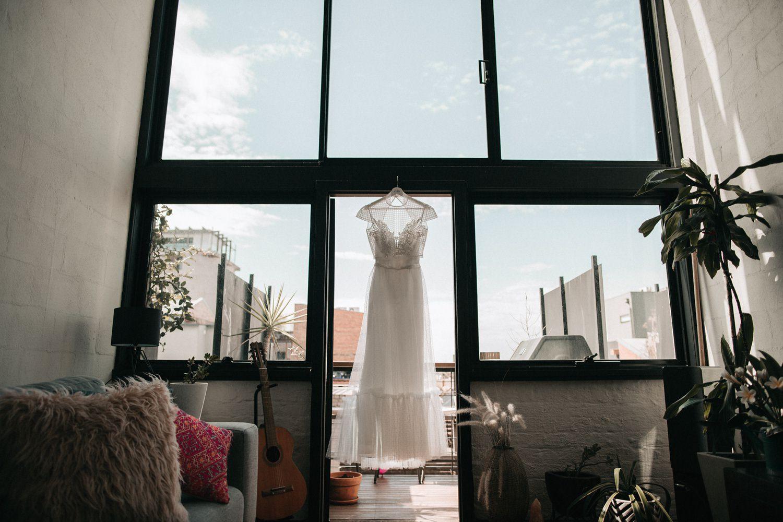 relaxed-wedding-photographer-melbourne-moondog-brewery-collingwood_0019.jpg