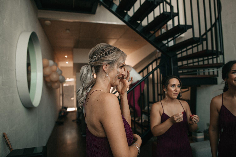 relaxed-wedding-photographer-melbourne-moondog-brewery-collingwood_0045.jpg