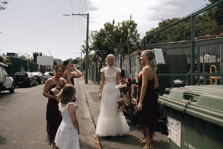 relaxed-wedding-photographer-melbourne-moondog-brewery-collingwood_0059.jpg