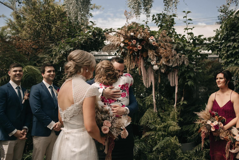 relaxed-wedding-photographer-melbourne-moondog-brewery-collingwood_0075.jpg