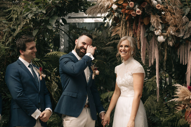 relaxed-wedding-photographer-melbourne-moondog-brewery-collingwood_0078.jpg