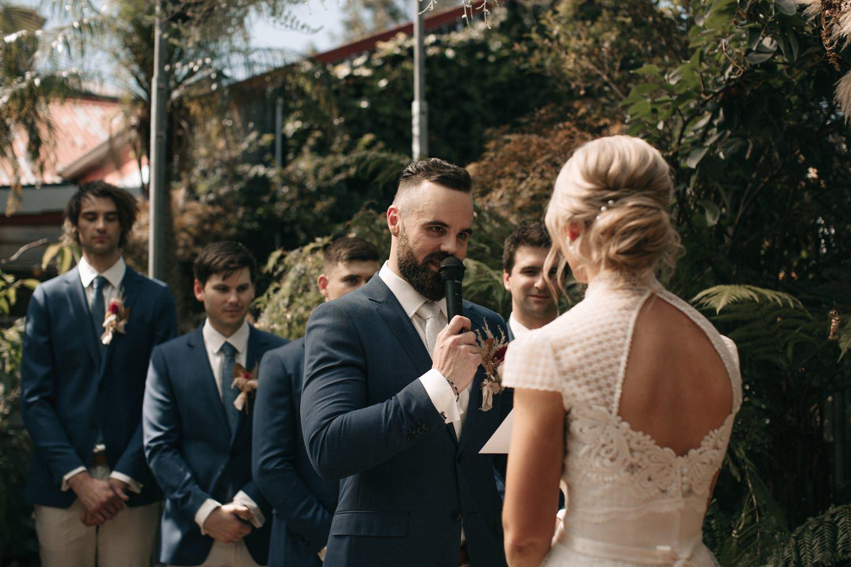 relaxed-wedding-photographer-melbourne-moondog-brewery-collingwood_0081.jpg