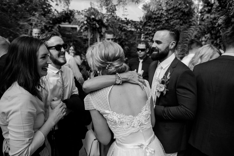 relaxed-wedding-photographer-melbourne-moondog-brewery-collingwood_0095.jpg