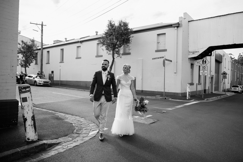 relaxed-wedding-photographer-melbourne-moondog-brewery-collingwood_0114.jpg