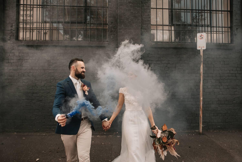 relaxed-wedding-photographer-melbourne-moondog-brewery-collingwood_0117.jpg