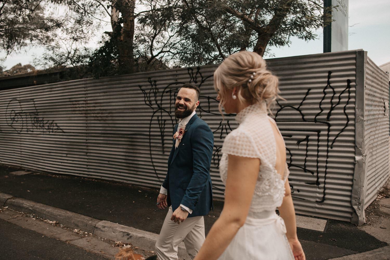 relaxed-wedding-photographer-melbourne-moondog-brewery-collingwood_0119.jpg