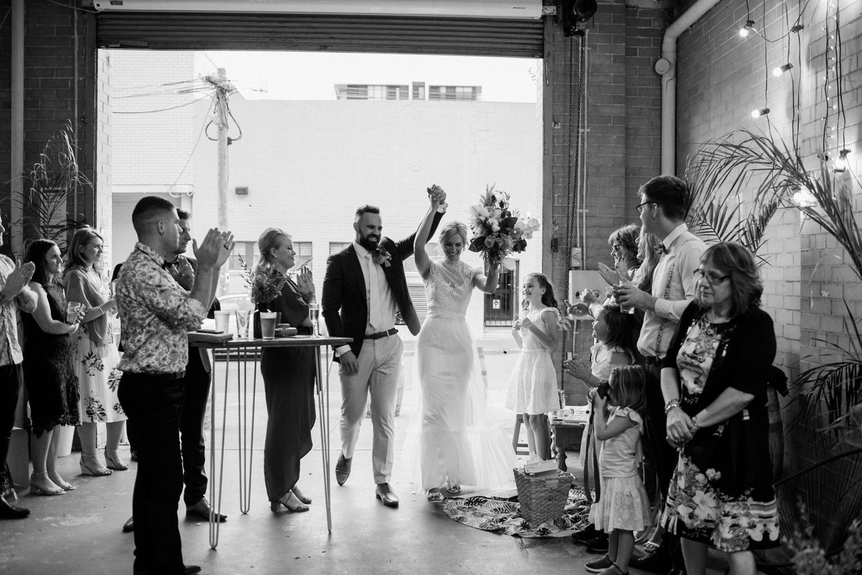 relaxed-wedding-photographer-melbourne-moondog-brewery-collingwood_0141.jpg