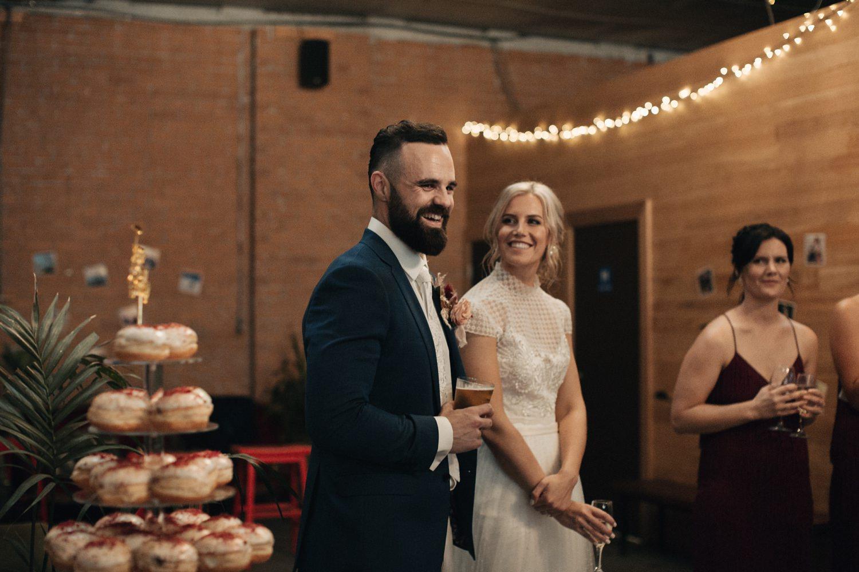 relaxed-wedding-photographer-melbourne-moondog-brewery-collingwood_0148.jpg