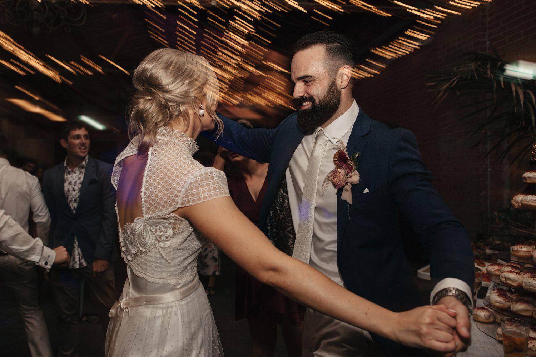 relaxed-wedding-photographer-melbourne-moondog-brewery-collingwood_0169.jpg