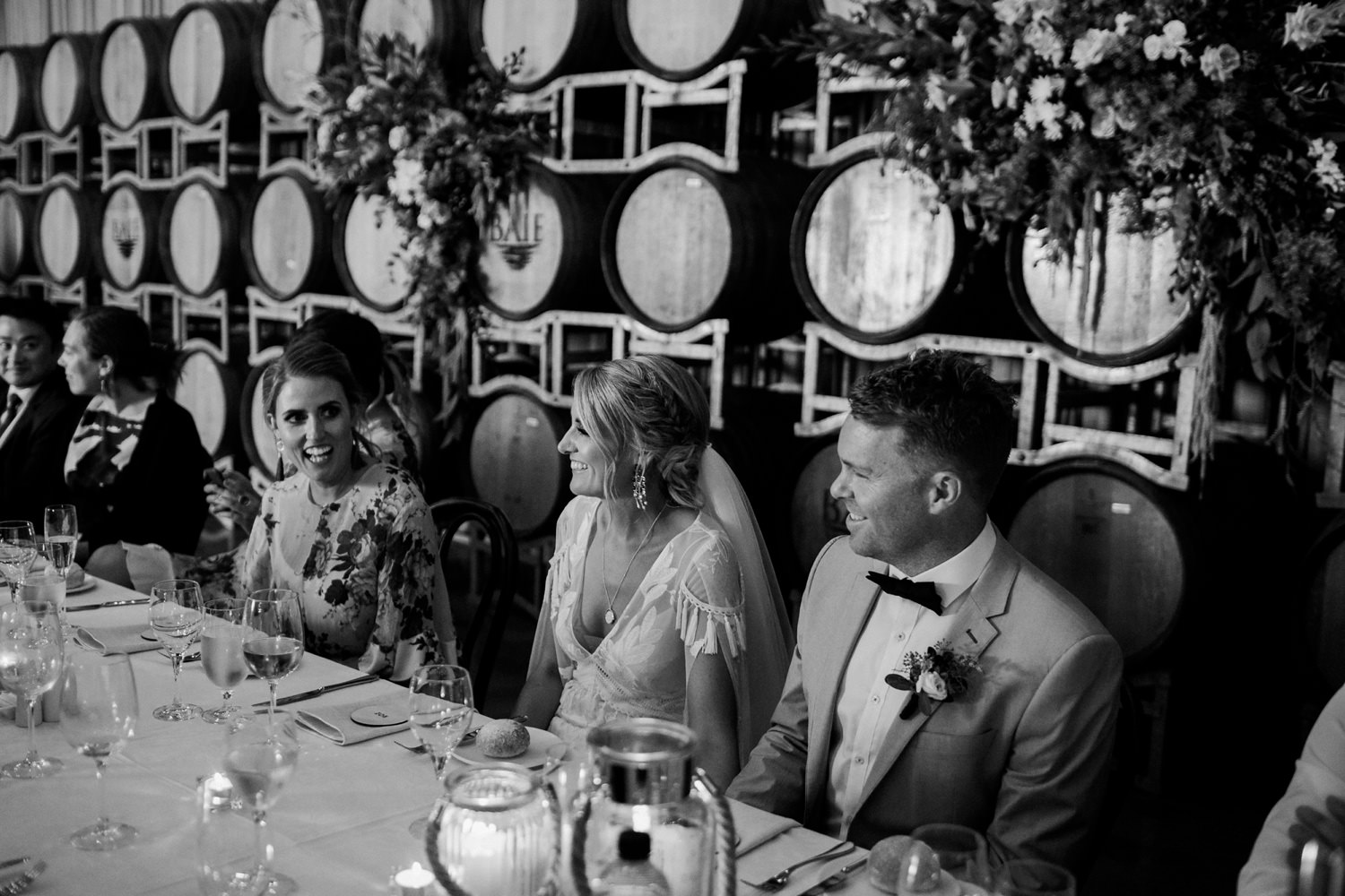 relaxed-wedding-photographer-melbourne-bellarine-peninsula-baie-winery_0087.jpg