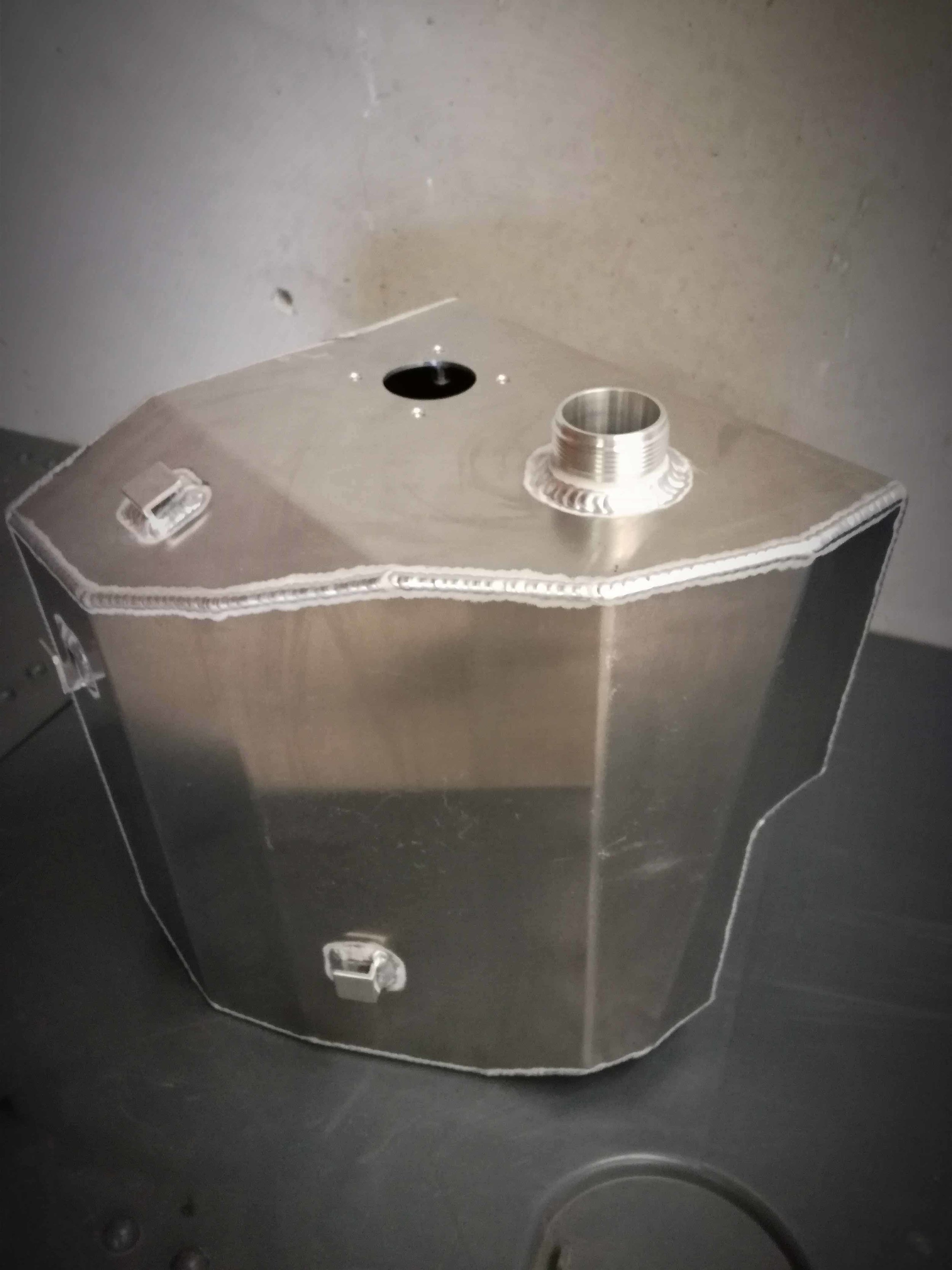 Fuel Tanks -