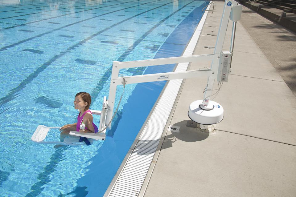 splash-pool-access-lift-manchester.jpg