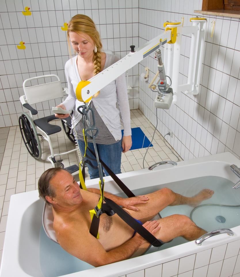 handimove-wall-lift-hoist-for-bath-access.jpg