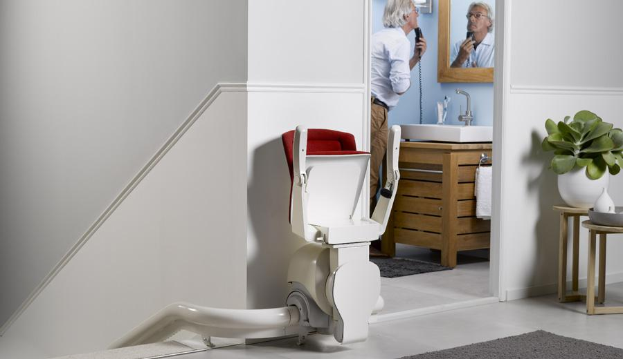 otolift-curved-stairlift-seat-folded.jpg