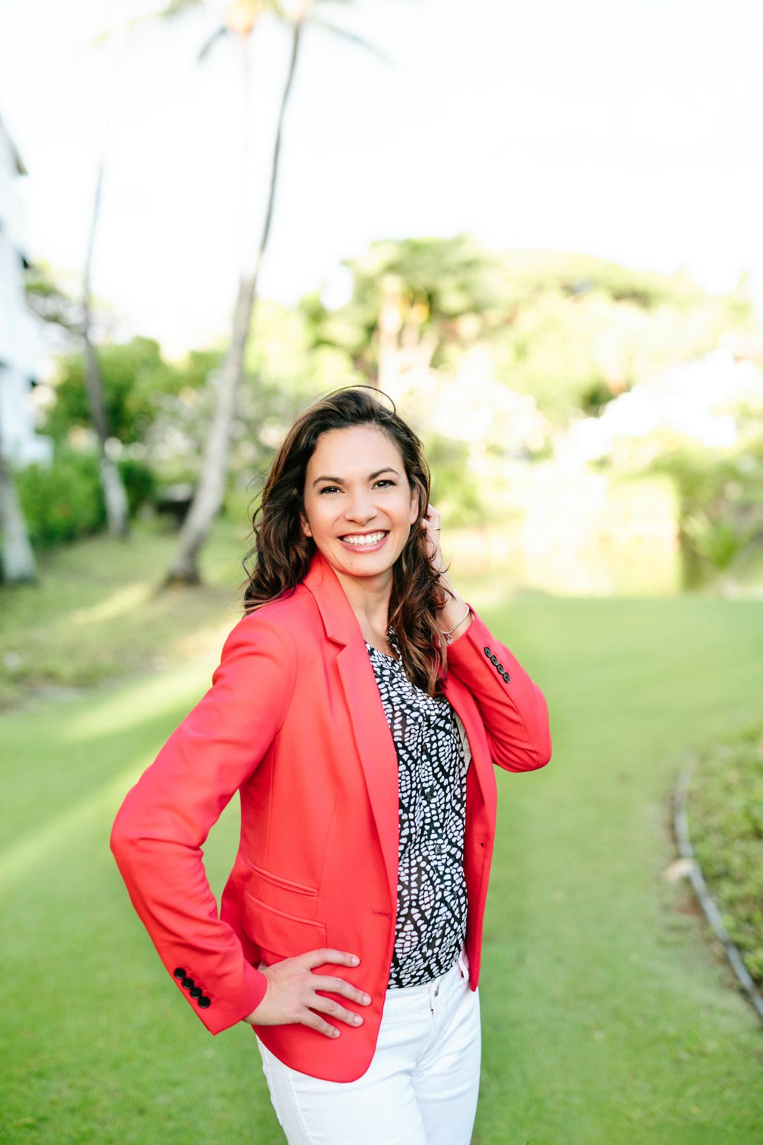 Dara Perreira business coach from Hawaii