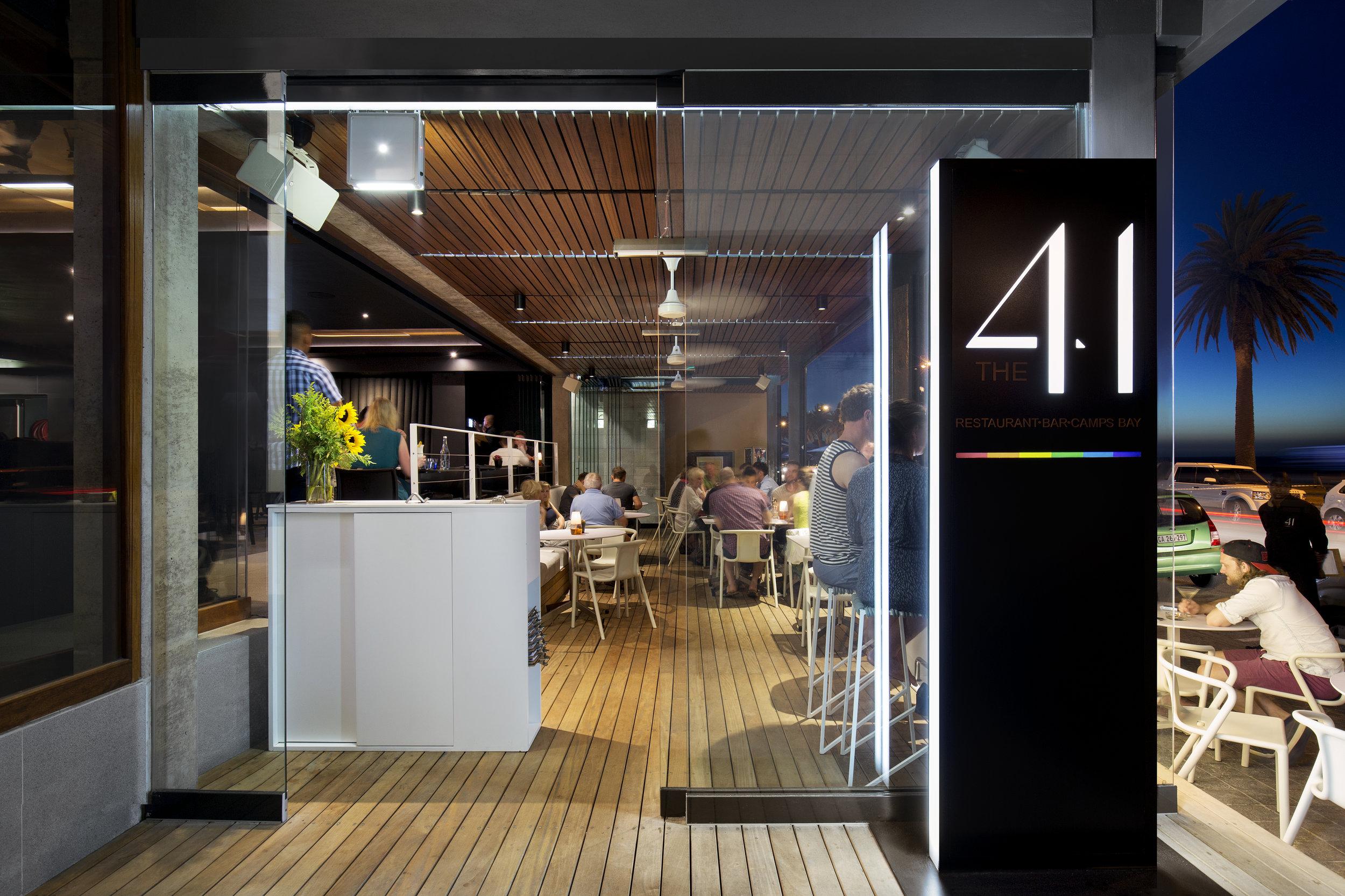 41 Interior 013.jpg
