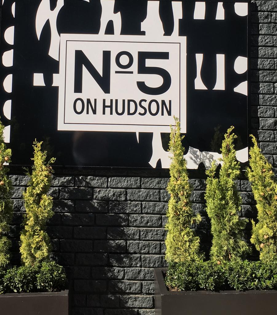 sign-no-5-on-hudson.jpg