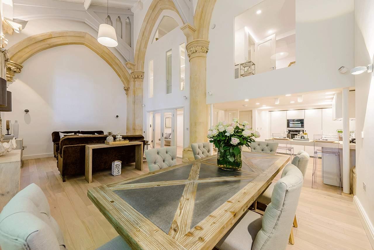 LUXURY CHURCH WINCHESTER