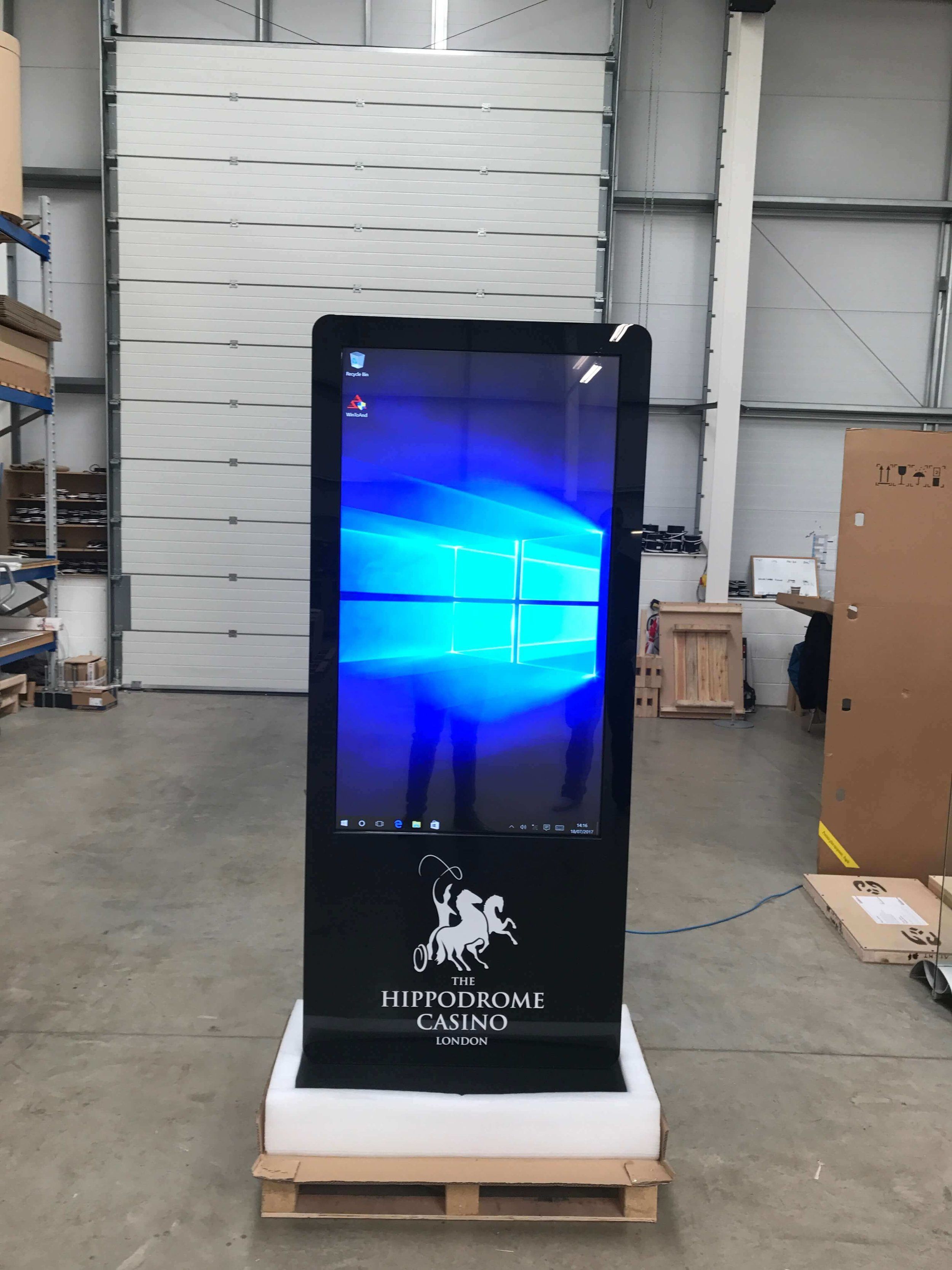 touch-kiosk-reception-areas.jpg