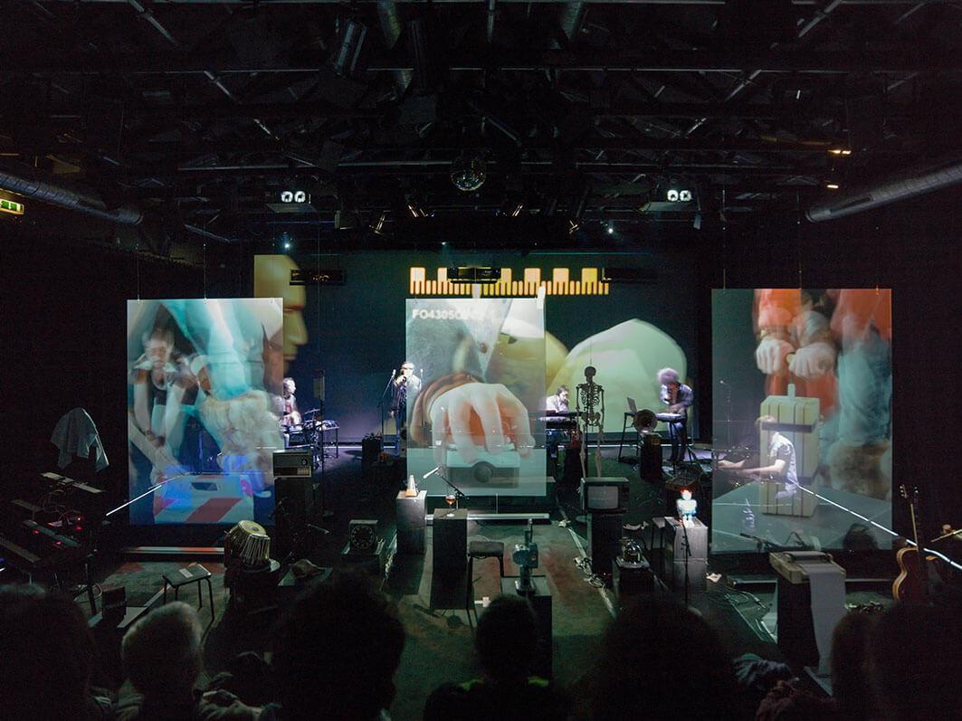 holographic-film-theatres.jpg