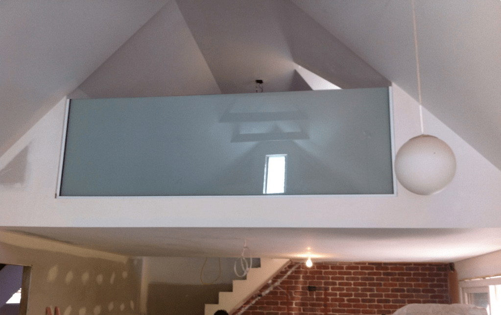 SMART GLASS PARTITION HOME OFF.png