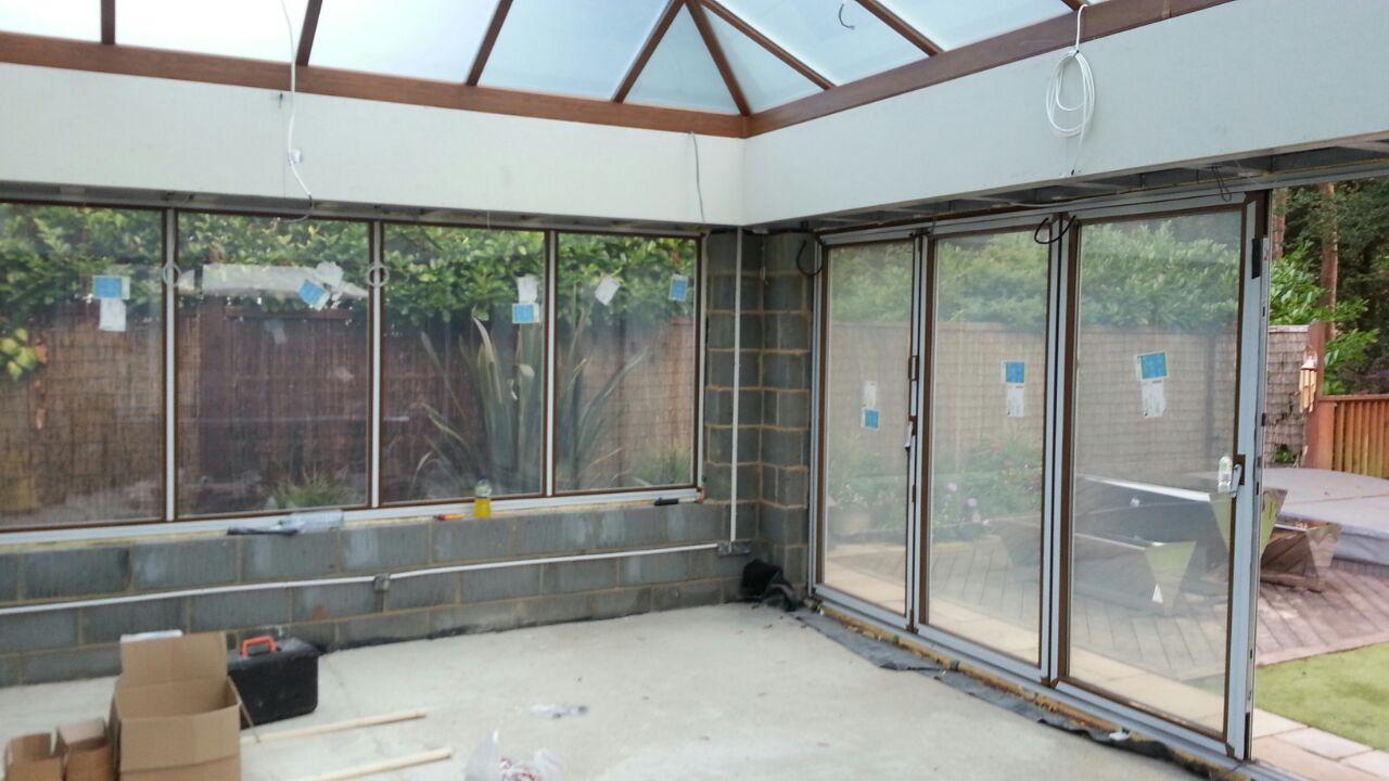 NEW ELECTRIC SMART GLASS FOLDING DOORS & WINDOWS.JPG