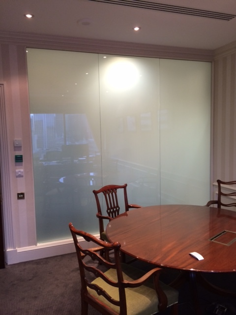 SWITCHABLE PRIVACY GLASS.JPG