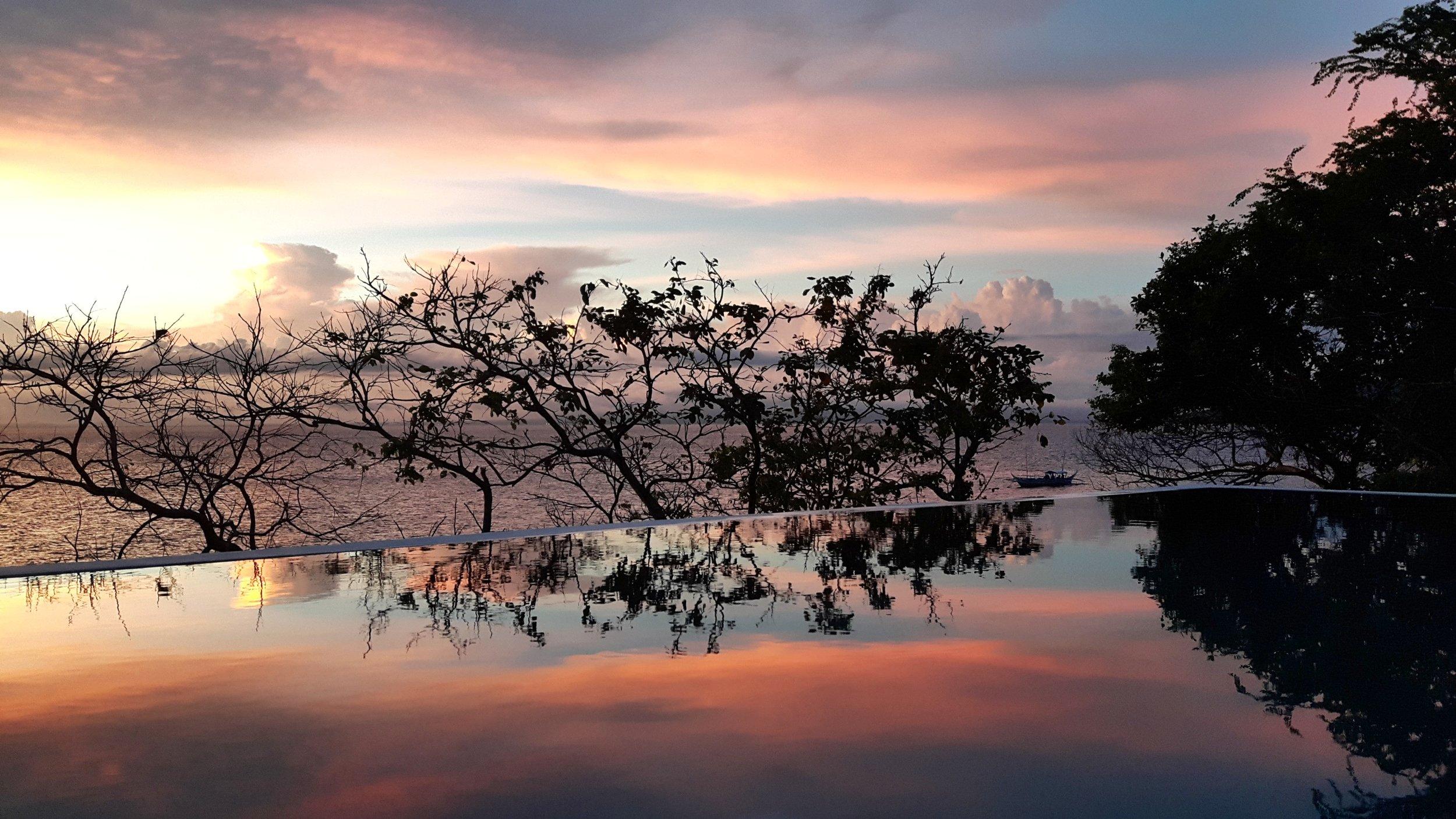 8.Pool reflection.jpg