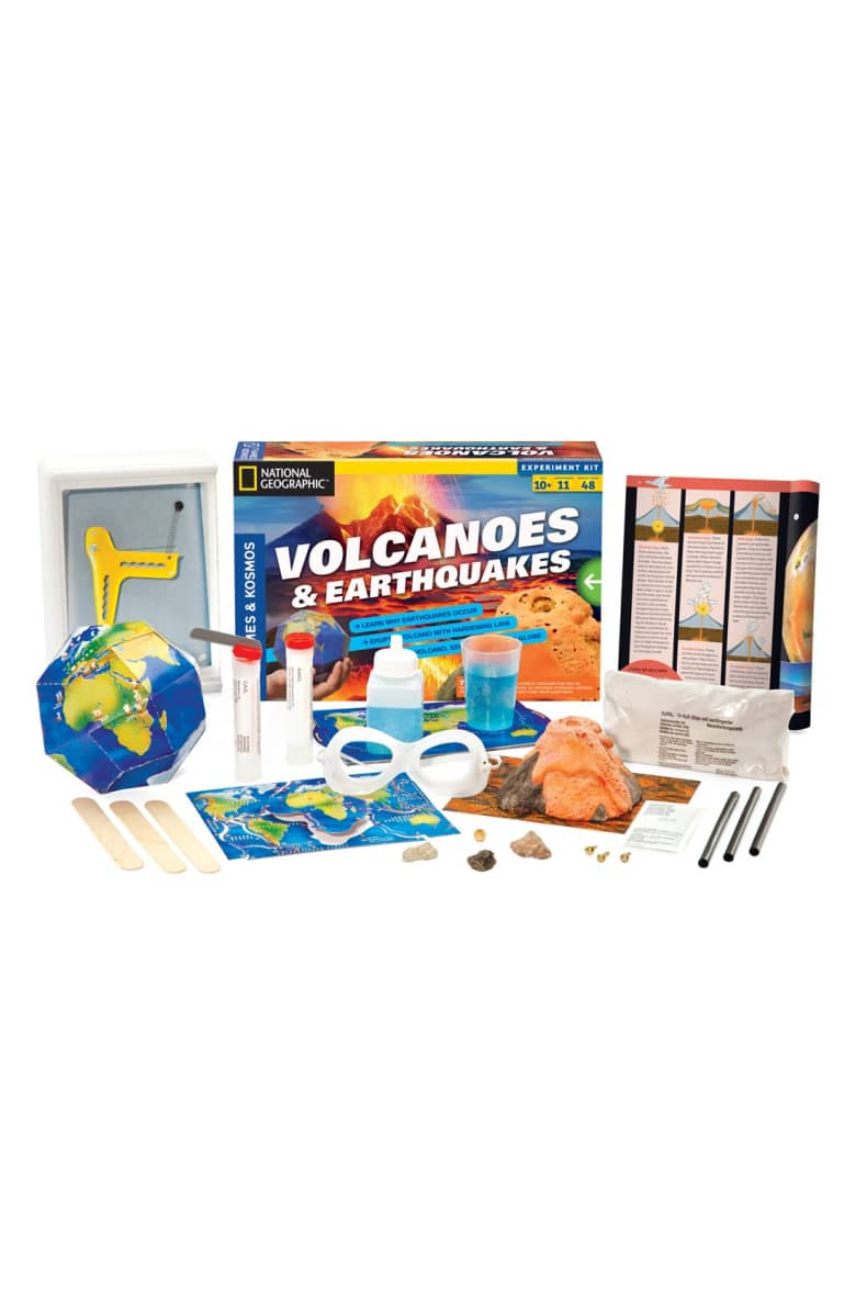 Thames & Kosmos Volcanoes & Earthquakes Experiment Kit