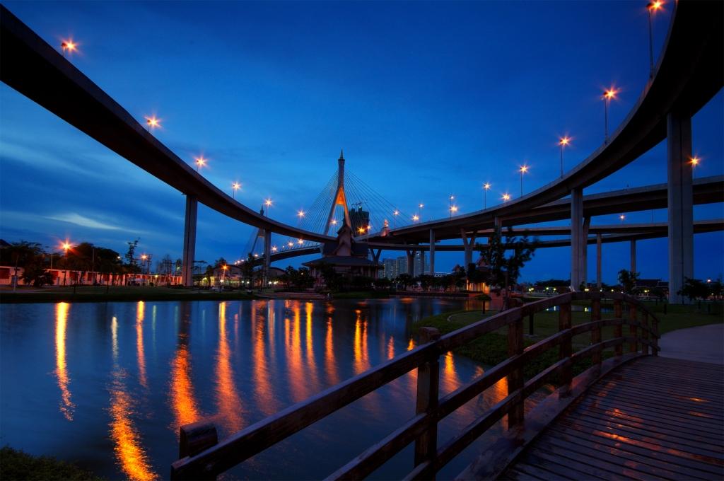 The Industrial Ring Mega Bridge (3), Bangkok, Thailand, 2009.jpg