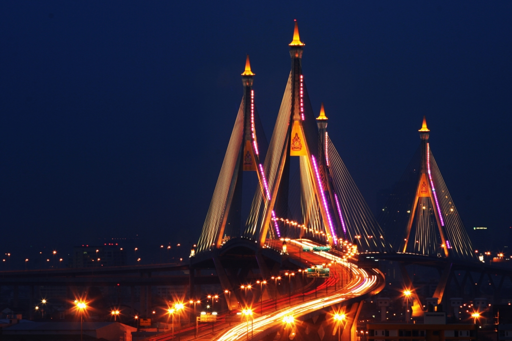 The Industrial Ring Mega Bridge Bangkok, Thailand, 2008 (1).jpg