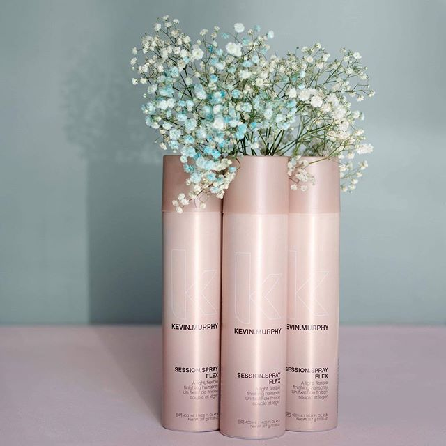 Session.spray flex! 🌸 Fleksibel hårspray med medium hold. Den lukter FANTASTISK! 😍 . . . #kevinmurphy #kevinmurphyproducts #hairproduct #brekstad #ørland #fotograf #frisør