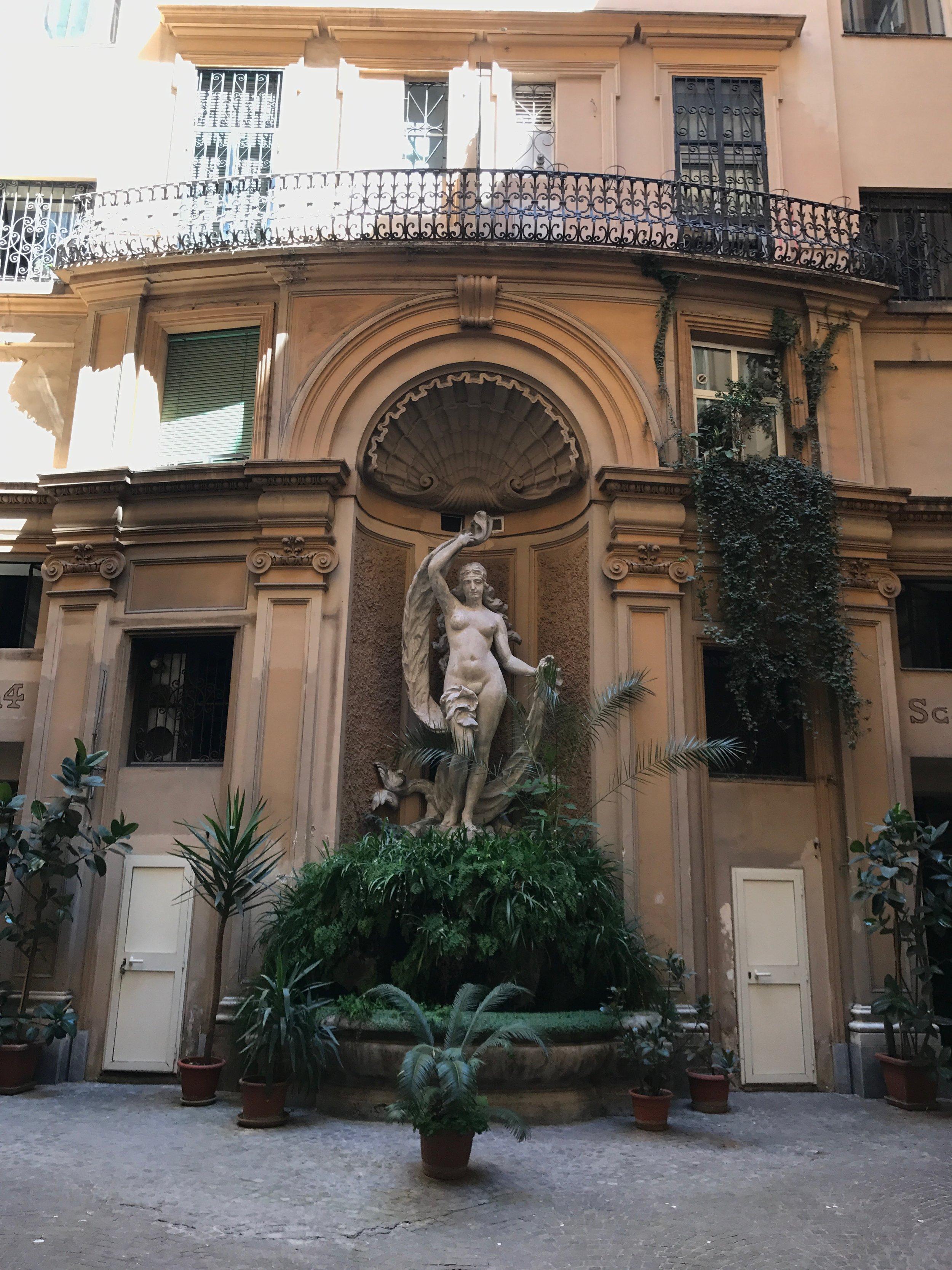 Pelas ruas de Roma...