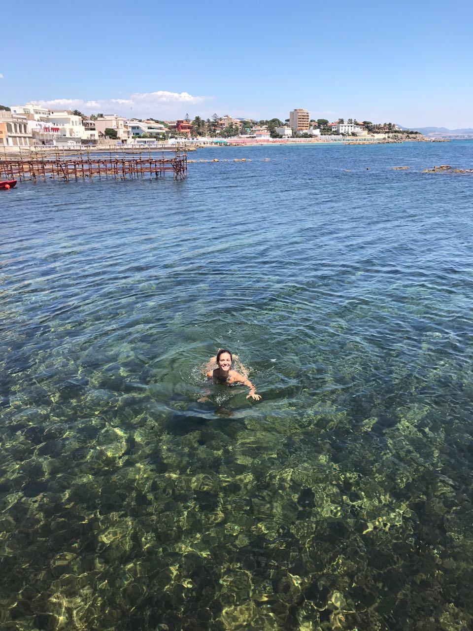 Nadando em Santa Marinella