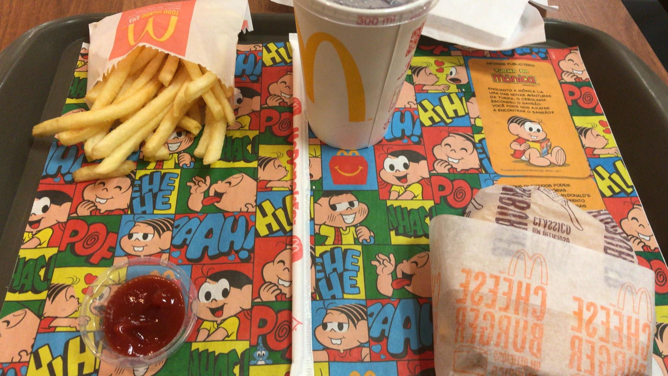 Ronald McDonald me salvou em alguns almoços