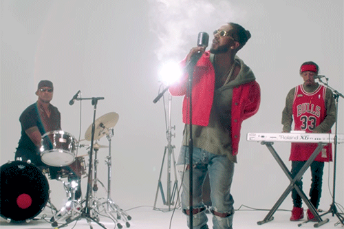 omarion-reasons-video-500x333_0.png