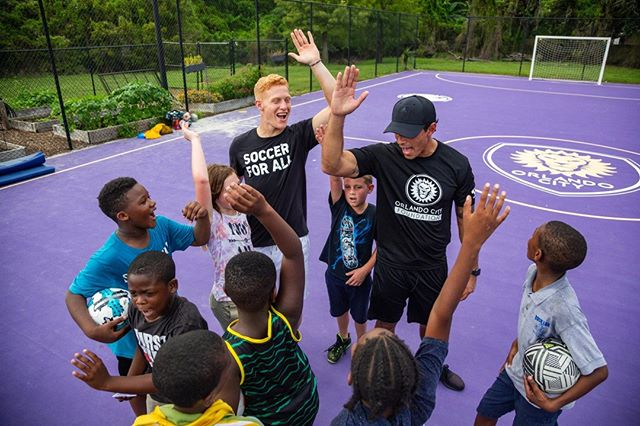 🙌Show of hands for all those excited for our spring soccer programming! 🙌  Our free soccer programs teach and promote healthy growth and development to underserved areas of Central Florida. Your ticket to the All-Star SoccerBall - presented by @orlandohealth ensures the community that we can continue to fund this #kickitback program as well as our community gardens and building more mini-pitches. (Let us see those hands...comment below!)