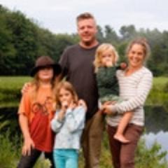 Neverdun-Family_squarethumb.jpg