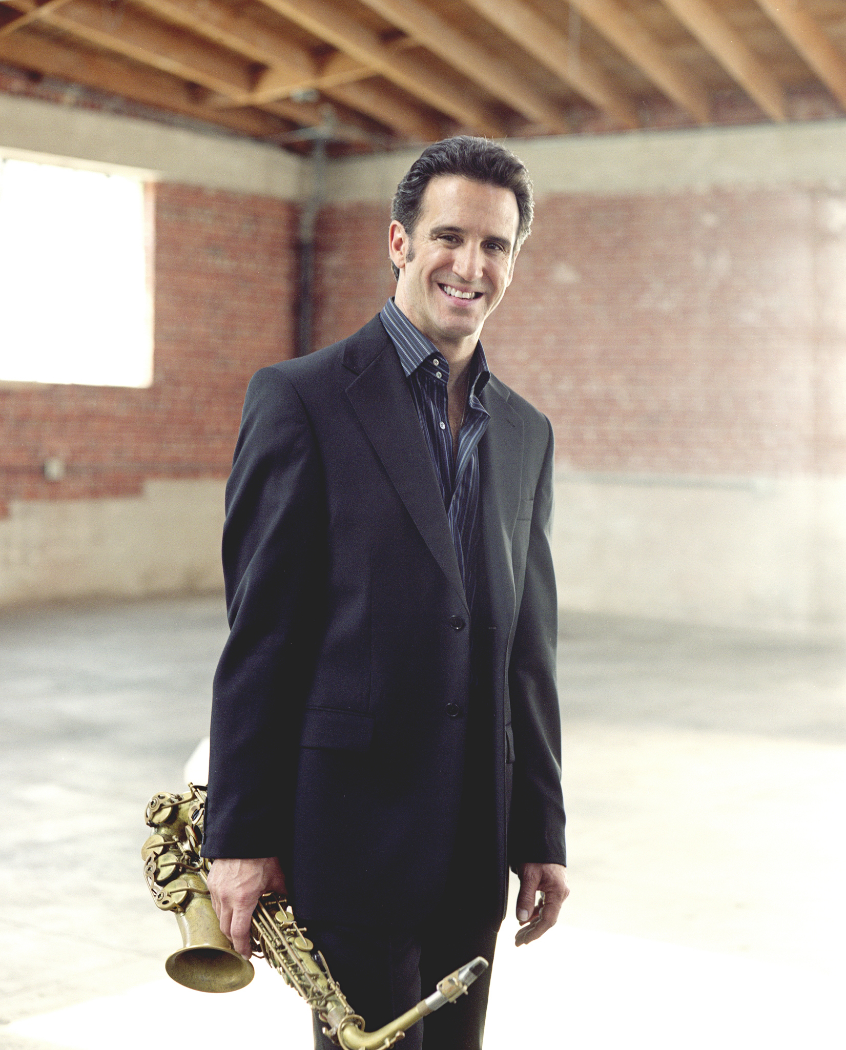 Eric Marienthal  - Sax (Website)