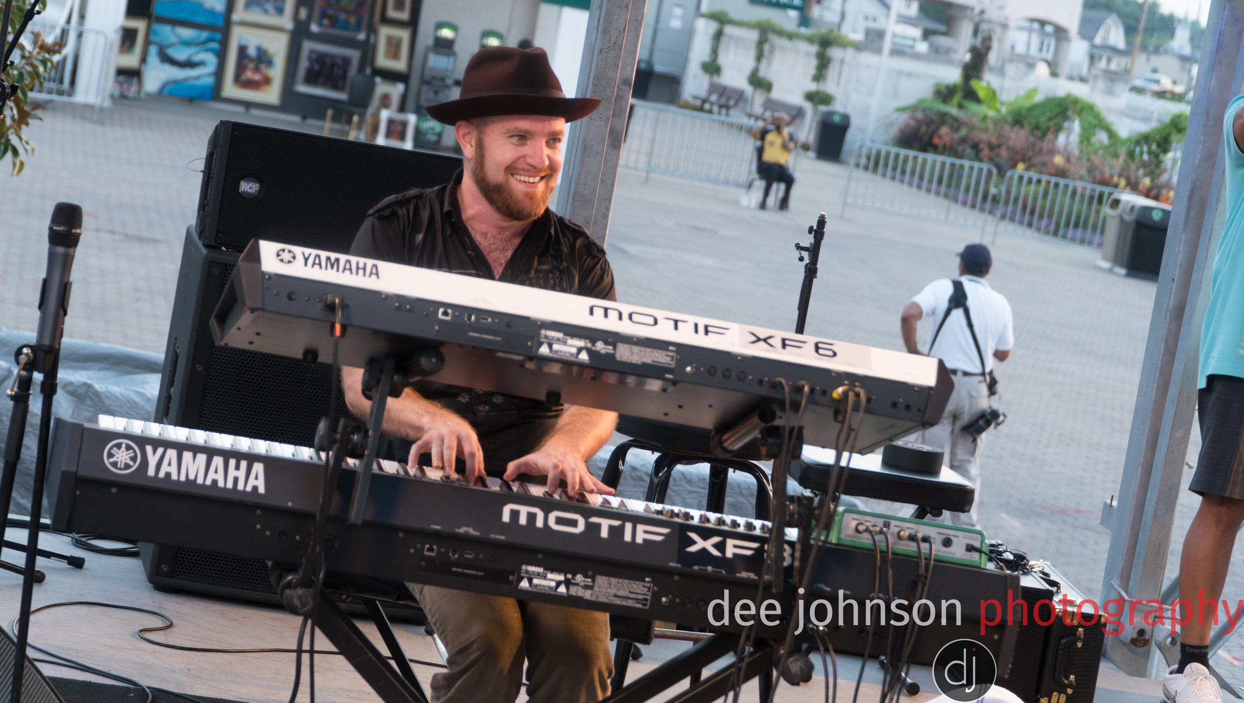 Photo by: Dee Johnson Photography