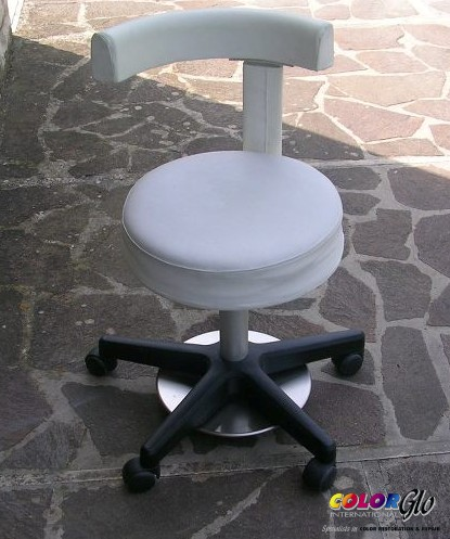 dental chair before 2.jpg