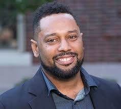 - Professor Quito Swan obtained his Ph.D. in African Diaspora History from Howard University in 2005. His areas of expertise include Black internationalism, Black Power and decolonization across the Americas, Africa and the South Pacific. Swan teaches courses on the global African Diaspora, including social movements, Black Power, maroonage and black protest though music such as Reggae, Hip-Hop and Afro-Beat. He advises Howard's Chess Club and its Students Against Mass Incarceration (S.A.M.I.) and is currently the Undergraduate Director for the History Department.Swan's first book,Black Power in Bermuda and the Struggle for Decolonization(Palgrave Macmillan, 2009) focused on Black Power, Bermuda and anti-colonialism in the West Indies.