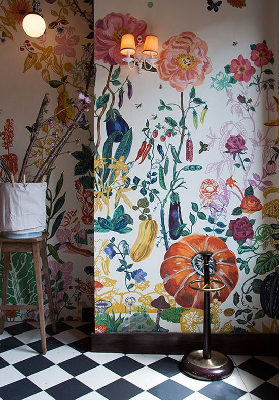 maximalism at its finest in this large scale wallpaper.